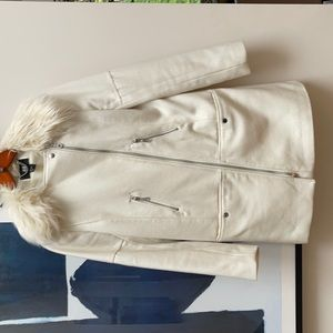 Vintage H&M off white coat with faux fur collar, size small.